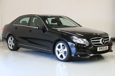 Black Mercedes-Benz E-Class 2.1 E220 CDi SE 2013